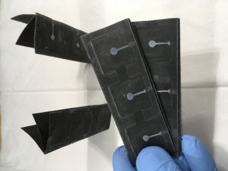 paper bacteria-powered battery