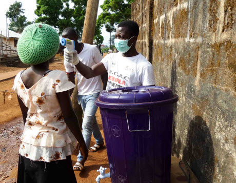 Checking for symptoms of Ebola in Sierra Leone, November 2014