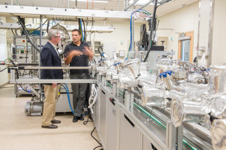 New Argonne centers connect business with energy storage, nanotechnology research