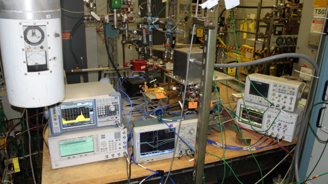Tests of the novel millimeter wave source