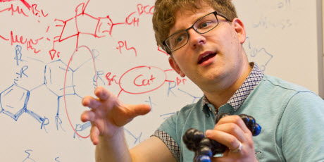 UVM chemistry team invents new technique for controlling molecular shape