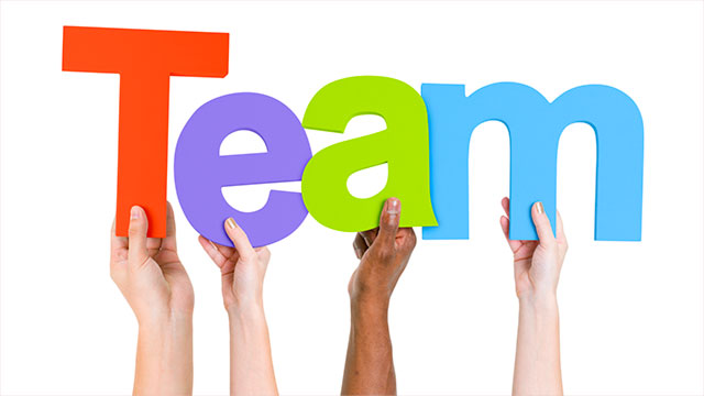 working effectively as a team Definition of teamwork: the process of working collaboratively with a group of people in order to achieve a goal teamwork is often a crucial part of a business, .